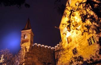 Abenberg Burg bei Nacht