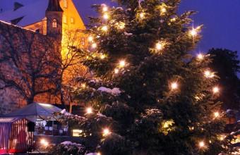 Abenberg und Burg am Weihnachtsmarkt